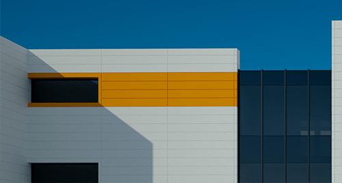 Фасадни решения - вентилируеми фасади от ламарина